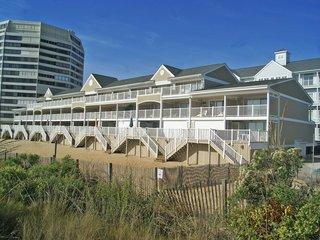Beachwalk II 12