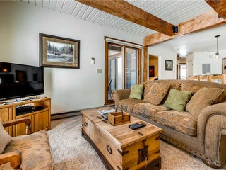 Lodge B106