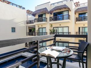 AT 2212 Trendy & Luxury Condo+ Close Mamitas Beach+WIFI