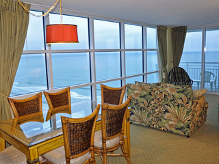 SEASIDE RESORT1403 Luxury Oceanfront end unit..Resort Amenities,