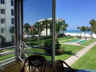Island House Beach Resort 12N