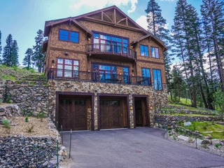 True Ski-In/Ski-Out Palisades Home