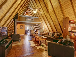 Spruce Creek Lodge
