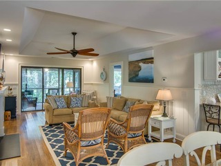 Inlet Cove 32
