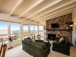 Hillside 3BR Montclair Home W/Views