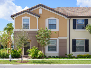 BEAUTIFUL 5 BED IN KISSIMMEE (5WST20RD70)