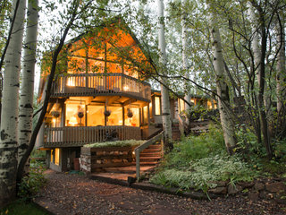 6BR/4BA Aspen Lodge, Private Deck, Mountain Views, Hot Tub