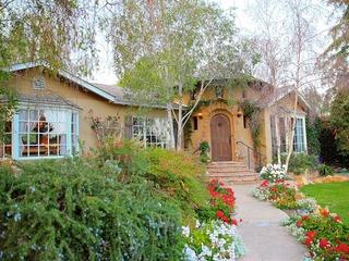 2BR/2BA Custom Montecito Home with Pool/Spa