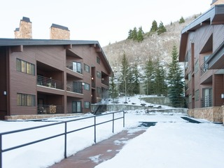 1BR/1.5BA Tranquil  Deer Valley Condo, Park City - image