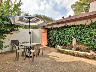 2BR/1.5BA Charming House Off South Congress, Downtown Austin