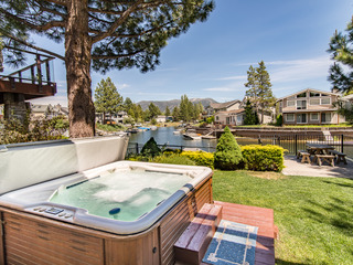 3BR/3BA Ideal Waterfront House, South Lake Tahoe