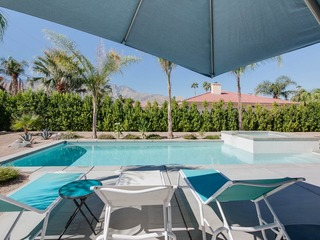 3BR/2BA Pool & Jacuzzi in NorthEast Palm Springs