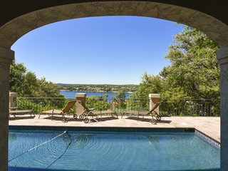 5BR Lakeway Home w/ Lake Travis Views