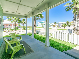 3BR Beach House w/ Pool, Royal Sands