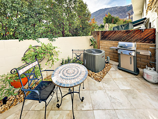 2BR/2.5BA Townhouse Chic Downtown Palm Springs