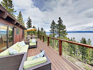 5BR/4BA Lake View Cabin