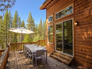 Chic 3BR Truckee Retreat w/ 5 Star Amenity Access