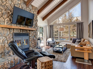 4BR/3BA Vail Duplex with 4 Floors