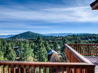 Stunning and Spacious in Truckee