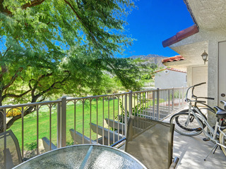 2BR/2BA Condo w/comm Pool/pay-golf/ Tennis in Palm Springs