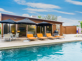 3BR/2BA Butterfly Alexander Pool and Hot Tub Palm Springs
