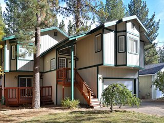 4BR South Tahoe Hot Tub House