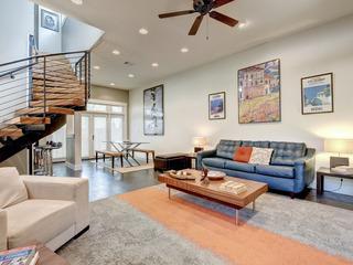 Bright & Modern Rental in Austin