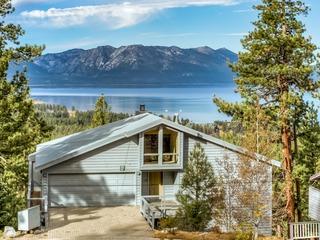 Panorama View Lodge w/ Stunning Lake Views!