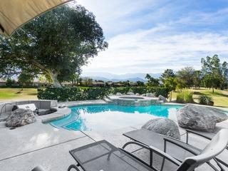 Rancho Mirage 3BR/ 3BA + Upstairs 1BR/1BA w Pool/jacuzzi