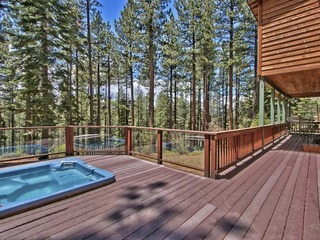 Creekside Home in the Pines in South Lake Tahoe
