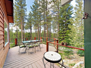 Creekside 4BR in the Pines w/ Private Hot Tub