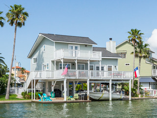 Galveston Canal House with Pool