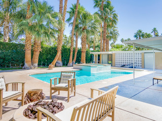 3BR/2BA Pool/Jacuzzi Min *30 day rental in Palm Springs