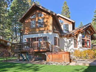 Cabin-esque Tahoe House