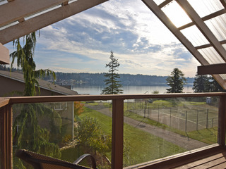 Lakefront Luxury- on Goodwin Lake!