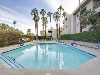 Walk to Downtown Palm Springs! - image