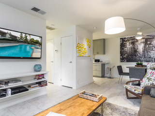 Chic Condo Moments from Downtown - image