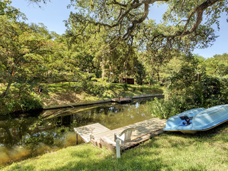 LBJ Lake Home with a Unique History
