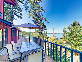 Puget Sound Views with Private Beach