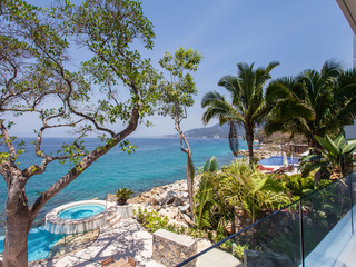 Resort-Style Living on the Ocean
