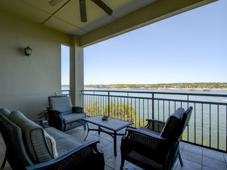 Sophisticated Lake Travis Condo