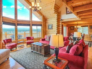 *** SPECIALS 'til Aug15***Luxury Colorado Mountain Chalet, Panoramic Mountain Views in National Forest