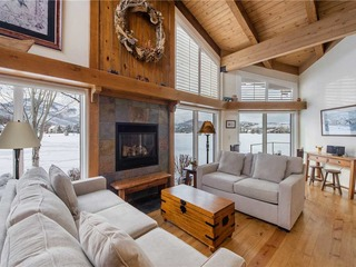 Lakeview Home 2001 (2BR Silver) - image