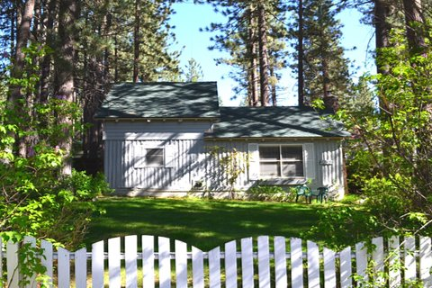 3692 Larch Vacation Rental in City of South Lake Tahoe - RedAwning