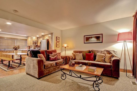Racquet Club #125 Vacation Rental in Park City - RedAwning