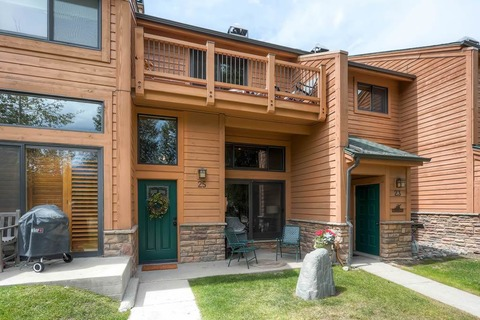 Cedars #25 Vacation Rental in Breckenridge - RedAwning
