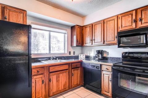 Cedars #47 Vacation Rental in Breckenridge - RedAwning