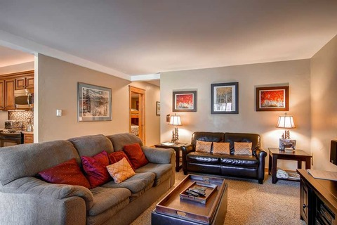 Park Place 102B Vacation Rental in Breckenridge - RedAwning