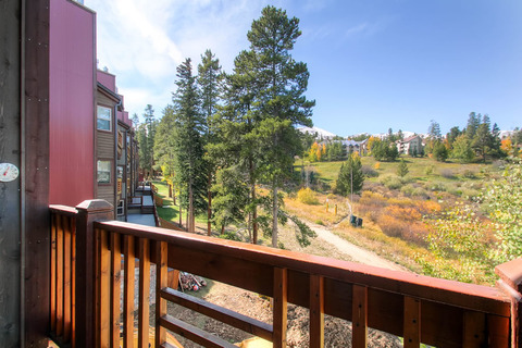 Tyra Summit B3A Vacation Rental in Breckenridge - RedAwning