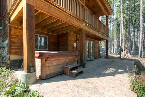 Sawmill Run Lodge-Walk to Slopes Vacation Rental in Breckenridge - RedAwning